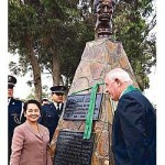 Image for Arroyo unveils Rizal bust on last day in Peru
